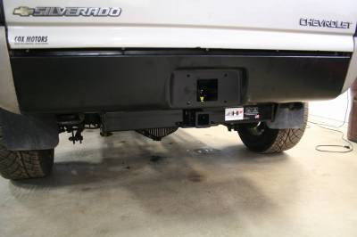 Big Hitch Products - BHP 01-07 GM Short Box BELOW Roll Pan 2 inch Receiver Hitch - Image 3