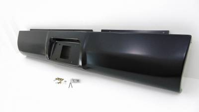 Big Hitch Products - 94-02 Dodge Ram Steel Roll Pan w/ License Plate Light Kit